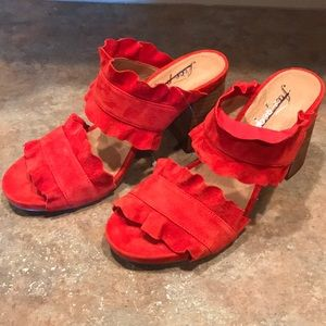 size 7 free people rosy ruffled heels